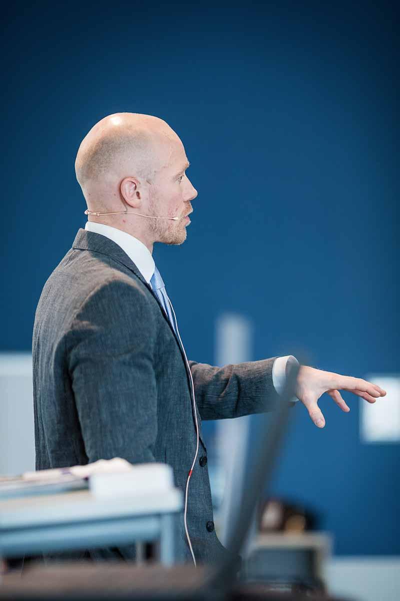 taler Haderslev ved konference og housewarming